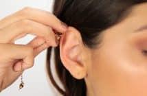 Comment mettre un piercing d'oreille